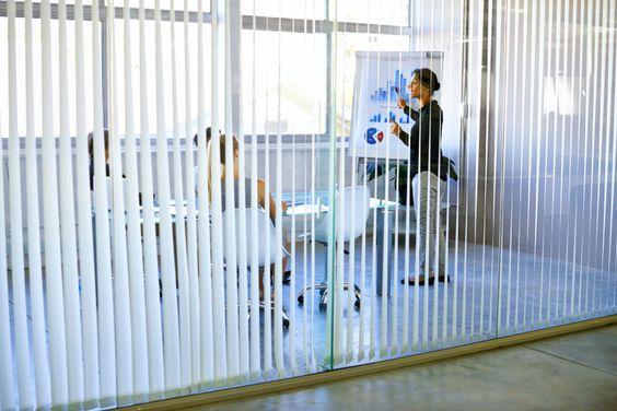 オンラインミーティングソフトウェアのzoomが Arとaiをミーティングに持ち込む Techcrunch Japan 拡張現実 ソフトウェア 議事録