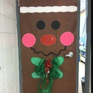 School bulletin board d corer sa porte de classe for Decoration porte de classe noel