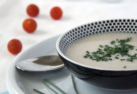 Sopa fría de espárragos blancos