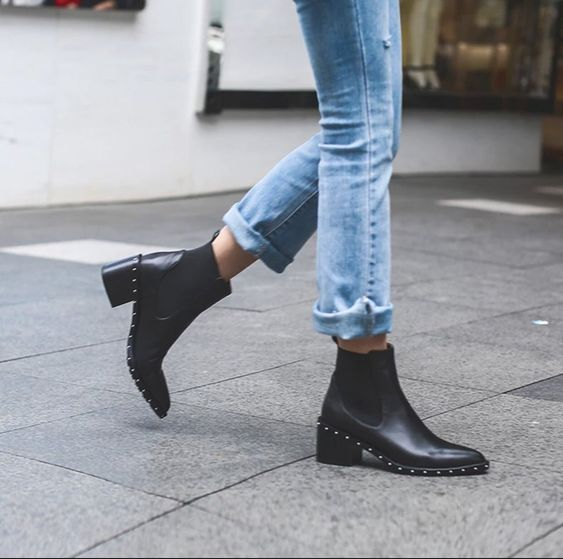 Belló studded ankle boots – Anna Xi