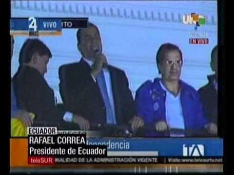 21:26 Ya en Carondelet, eufórico discurso de Rafael Correa
