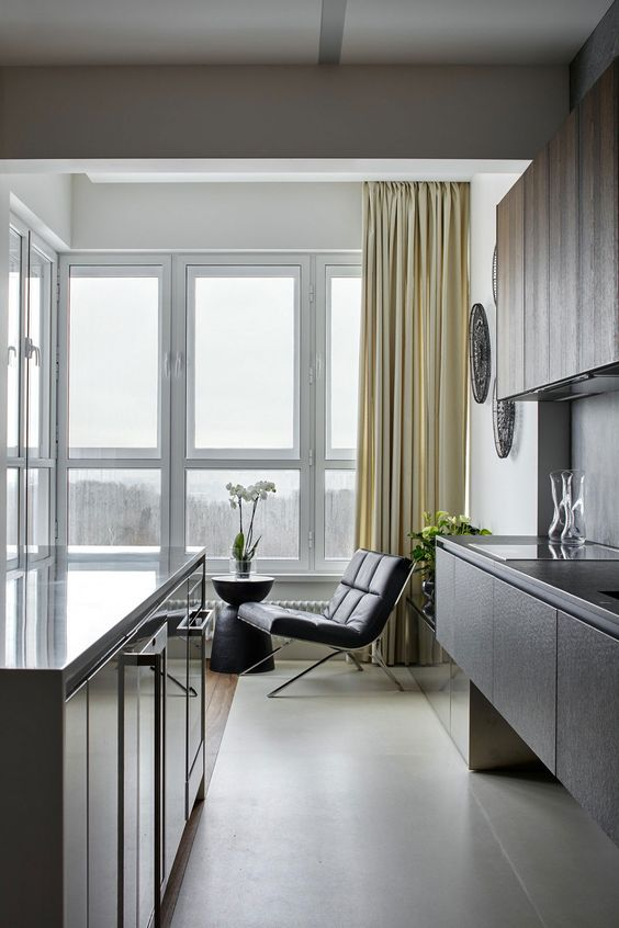Apartment with Pan Views of Moscow by Alexandra Fedorova (14)