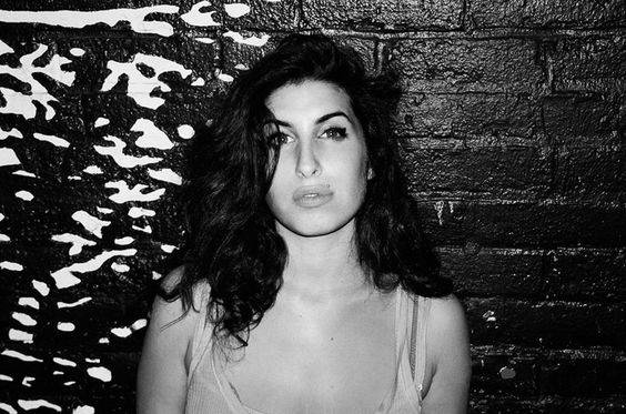 Unpublished Photos Of Amy Winehouse Show A Side Of Her Few Have Seen