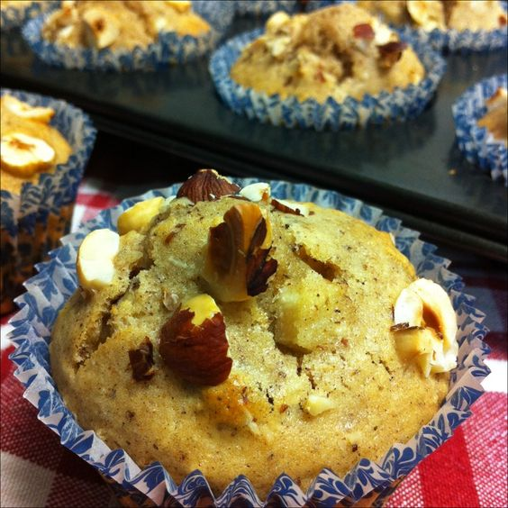 Roasted hazelnut and pear muffins | Oh how I love breakfast ...