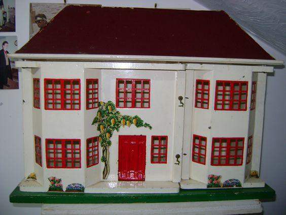 Susan's Houses - Dolls' Houses Past & Present