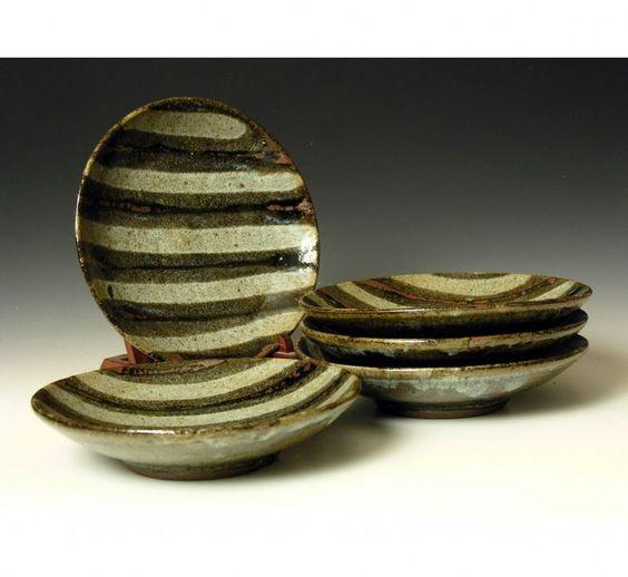 HJ43 A set of 5 plates by Hamada Shoji. - Phil Rogers Pottery