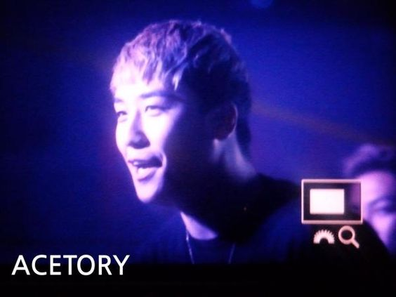 SEUNGRI #MADE Tour in Taipei AFTERPARTY 092715