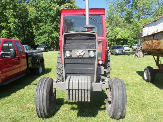 Massey Ferguson 1135 cab tractor.