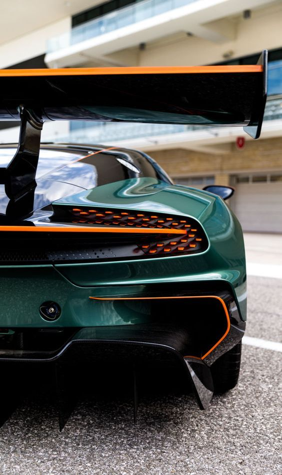 21 Best Sporty Aston Martin Wallpapers Of All Times Aston Martin