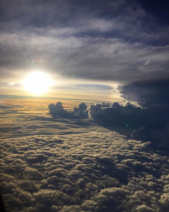 Inflight ... Bye bye Colombia!! See you soon!! Fasten your seat belt... Next stop? Em voo!! Tchau tchau Colômbia!! Até em breve! #enroute #upinthesky #myview #grateful #mothernature by iza_goulart