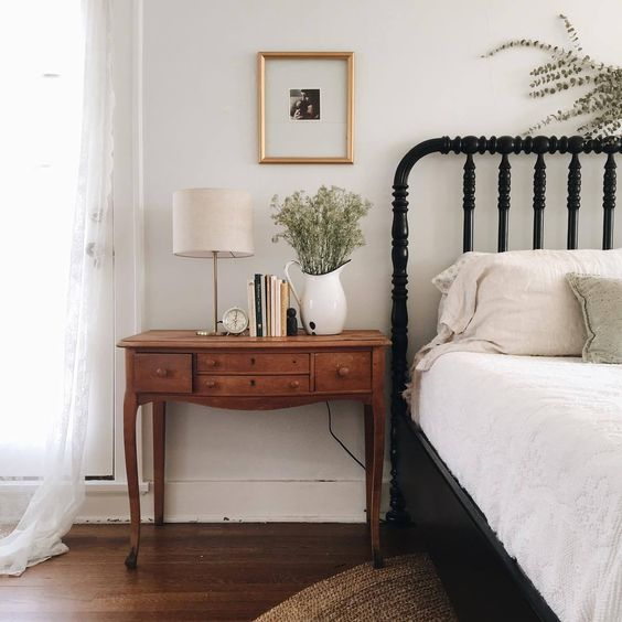 Simple and quiet country neutral bedroom on Hello Lovely