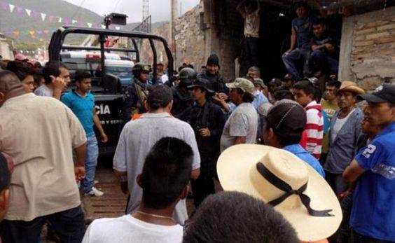 LIBERAN A FEDERALES RETENIDOS EN POBLADO DE GUERRERO