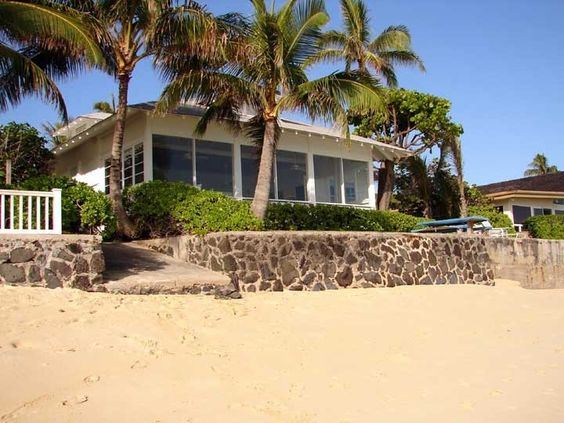 Ocean front lanikai beach restored historic home w for Hawaii package homes