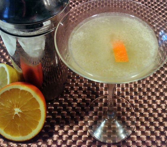 Old Vermont cocktail: gin / maple syrup / lemon / orange / bitters