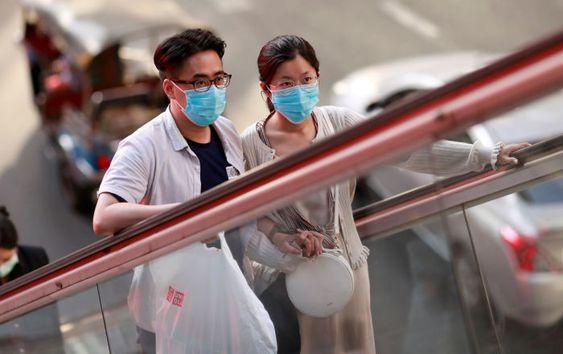 太平洋の島国ミクロネシア連邦が、日本を新型コロナウイルス の感染国に指定し、日本からの入国制限を始めた。自国民も含め、中国や武漢市への 渡航歴がない人でも制限対象になる。