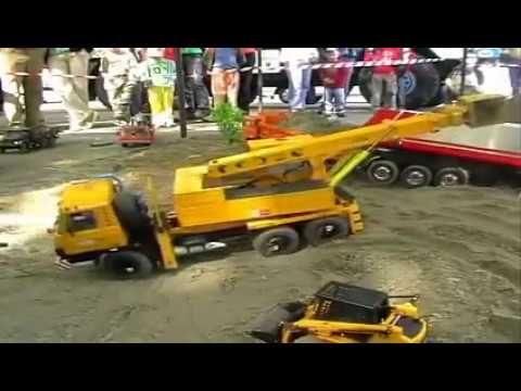 Ada Krane Mendorong Mobil Dump Truck Mobil Mainan Anak Dengan