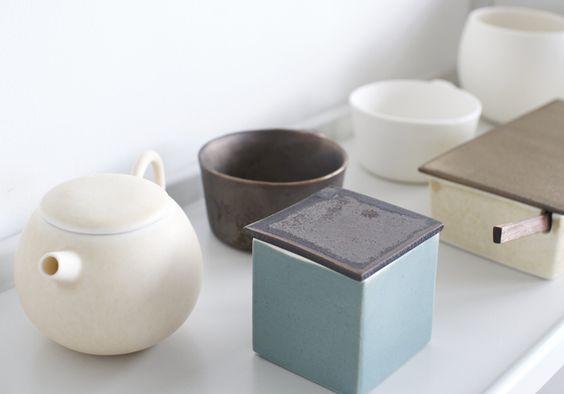 Porcelain-by-Kazumi-Kato-at-OEN-Shop-1