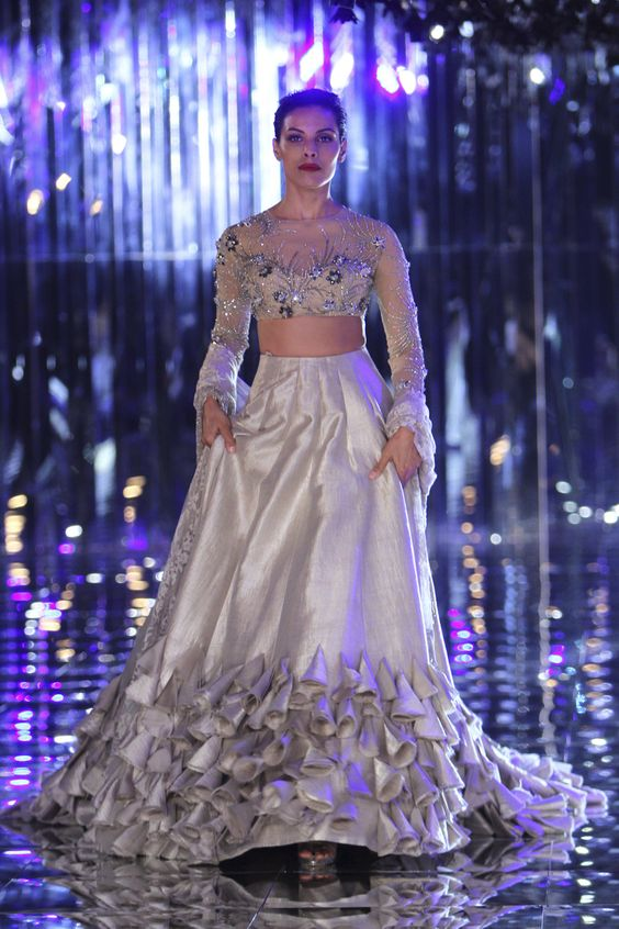 Manish Malhotra | India Couture Week 2017 #manishmalhotra #ICW2017 #indiancouture #PM
