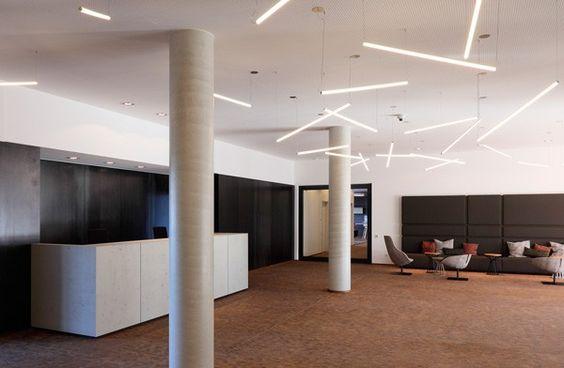Lovely  raumkontor adesso AG Dortmund b ro office empfang sichtbeton beleuchtung lichtinstallation lichtskulptur pendelleuchten tresen stahl u