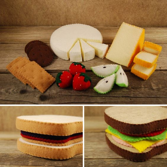 Comida de fieltro. Sandwiches, de tates tastees (queso, fresas, pera, galletas))