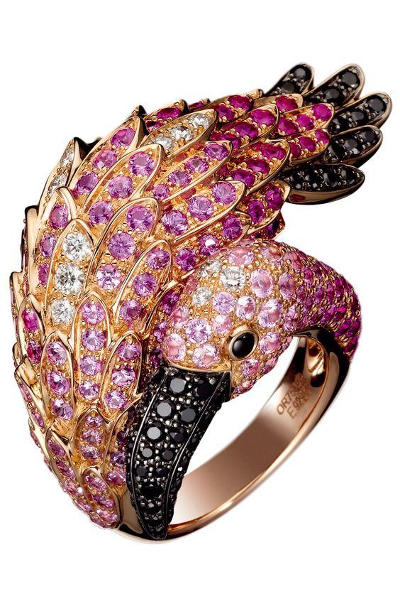 Boucheron - Anillo Flamingo de oro rosa con zafiros rosas y negros y diamantes.