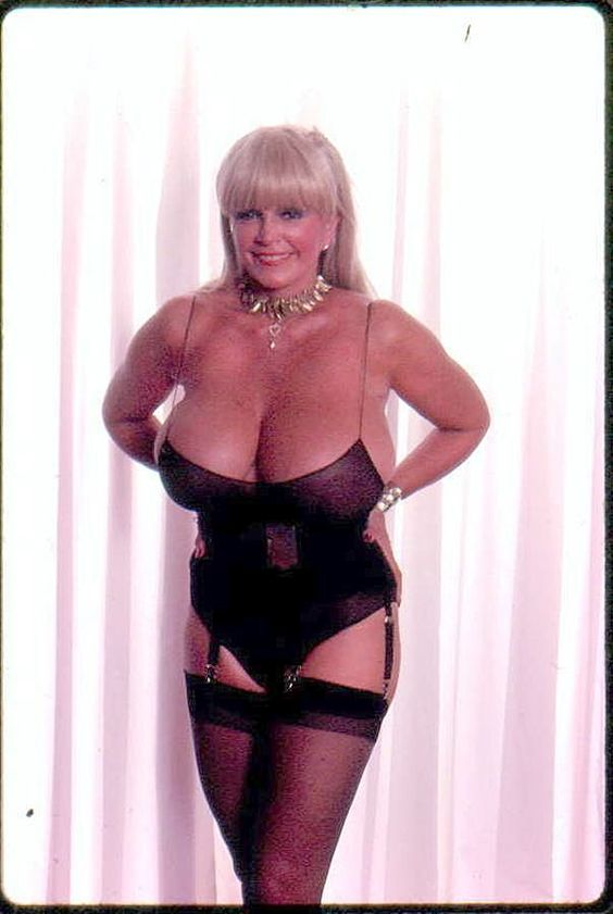 Candy Samples Mature 34