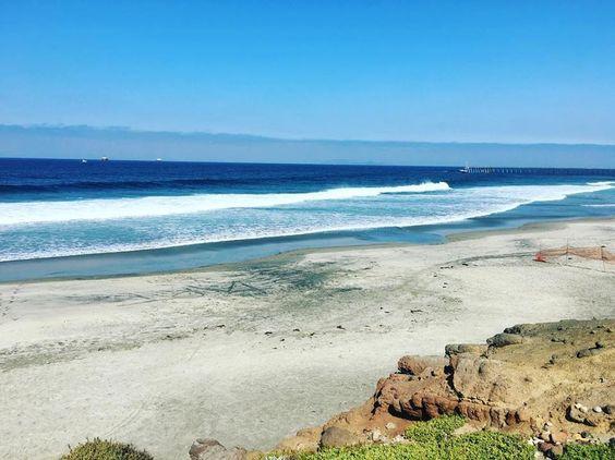 ¿A poco no se te antoja un día de playa en #Rosarito? Foto-aventura por mae_ramos #vacation #beach #sea #seaside #saltybreeze #sunny #sunnyday #Baja #Mexico #BC #visitRosarito