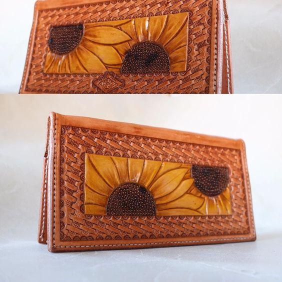 Sunflower checkbook cover $95 #sunflowers #customleather #checkbook #leathercheckbook #smallbiz
