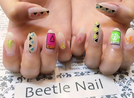Nail Art - Beetle Nail : 八幡|ネオンアート