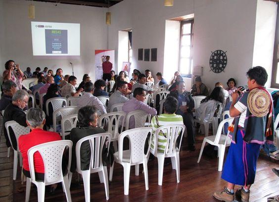 Deliberaciones de la mesa regional.  Crédito Fernado Pérez @ferchoperez86 / Mincultura 2012