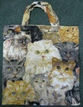 Diese Tasche mit lauter süßen Katzen ist eine schöne Kleinigkeit als Geschenk für jede Gelegenheit.    Warum mit einem Leinenbeutel mit Werbung oder P