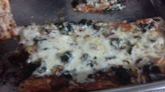 Focaccia olive e spinaci