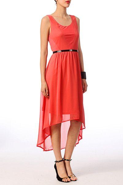 Robe rouge Vero Moda 39.95€ http://www.monshowroom.com/fr/zoom/vero-moda/robe-asymetrique-avec-tulle-mesh/165927