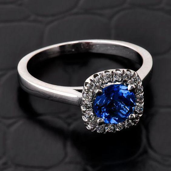 Diamante zafiro cz y anillo Halo halo anillo de por CaliRoseJewelry