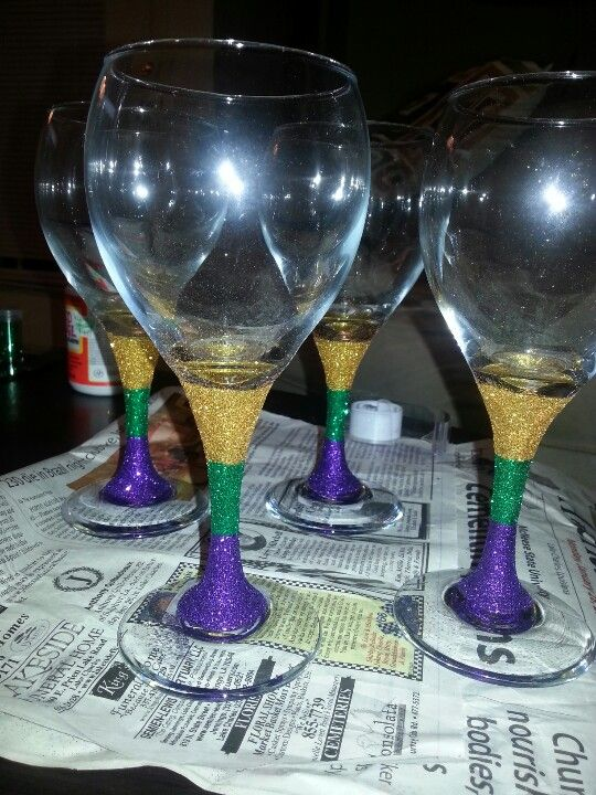 mod podge mardi gras glasses