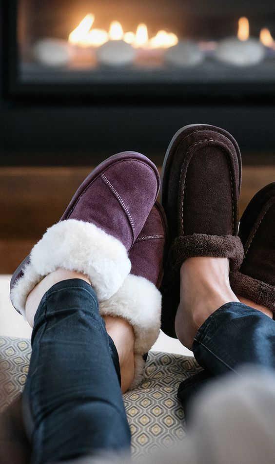 With the fall's longer evenings, curling up in front of the fire is more tempting than ever! Snuggle up with your pet, your significant other, or both - and don't forget your Nuknuuk slippers!