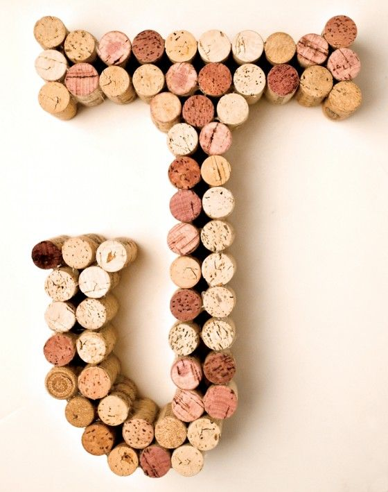 Diy wine cork crafts we love this wall art for a kids for Cork art ideas