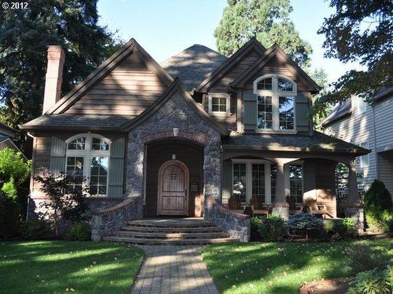 */ I love the shape of this house... feels like a fairy tale