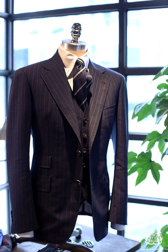 Tailorable Wine Label Bespoke suit. Fabric from Hardy Minnis Fresco Wool.