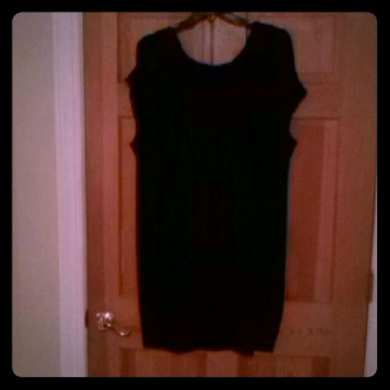 Black dress! Black dress. Beautiful. Beverly Drive Dresses