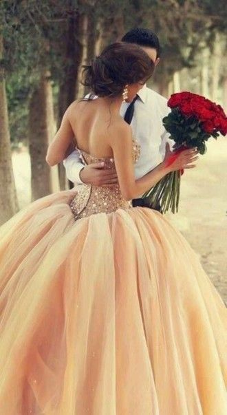 Love the design and color of that dress