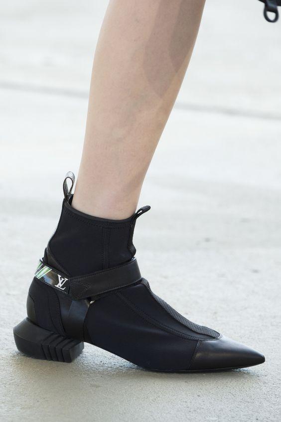 Louis Vuitton Sneakers 2017