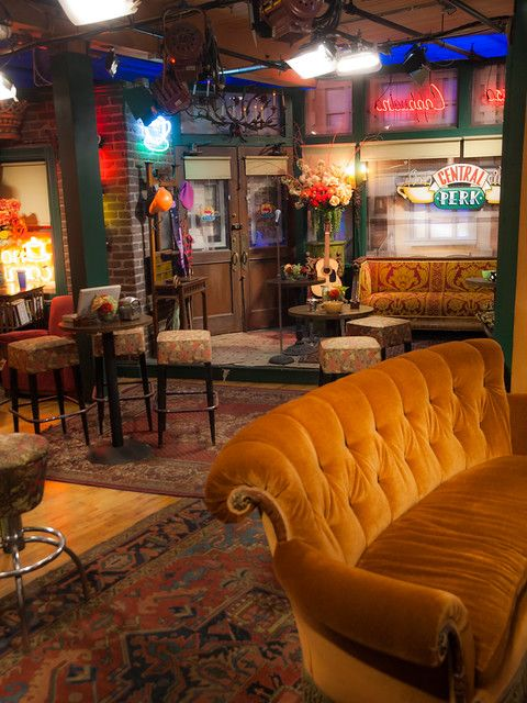 Central Perk Friends Apartment Small House Interior Central Perk