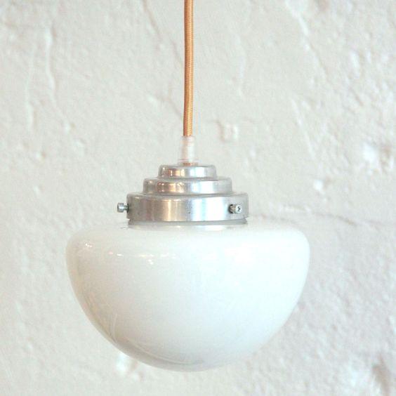 Petit lustre suspension luminaire abat jour ancien en for Suspension luminaire verre