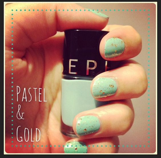 Nail Art Pastel & Gold