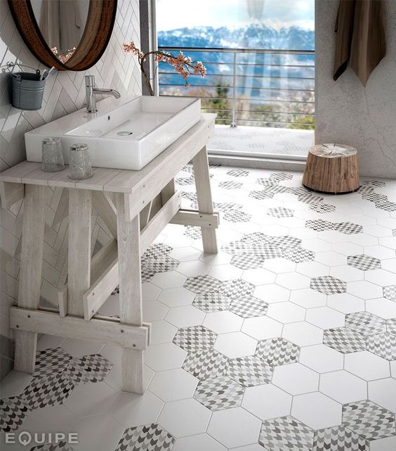 Consolle lavabo da appoggio in legno sbiancato   piastrelle ...