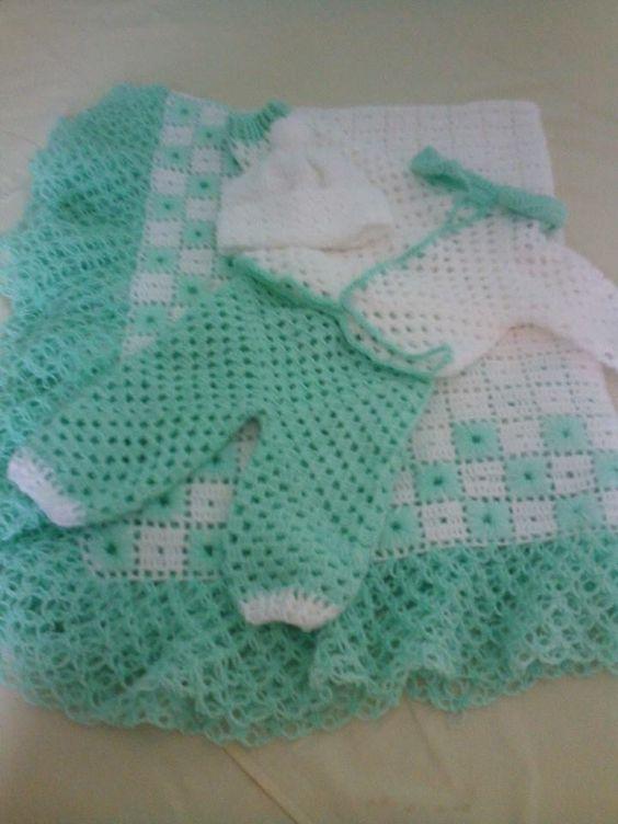 Manta cal a e casaquinho bebe em croche gabyarts - Labores de crochet para bebes ...