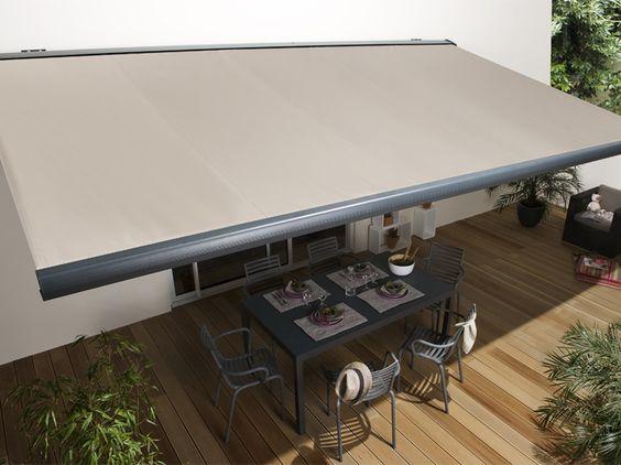 Stores Destock - Le store banne ! Une excellente protection solaire.