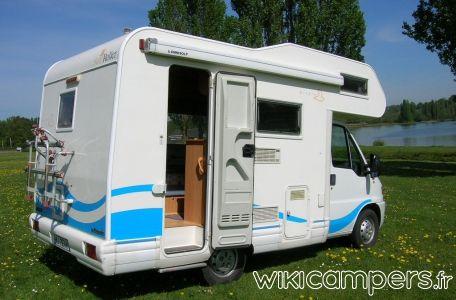 Location-camping-car-Capucine-FIAT-Ducato-Roller-Team-