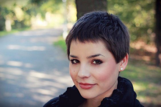 what does a pixie haircut look like what a grown out buzz cut might look like haircuts 2801